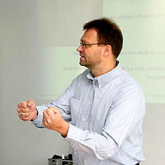 Dipl.Ing.(FH) Gänßmantel  gives a lecture